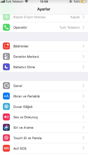 iphone mesaj yazarken sesli okuyor, iphone voice over kapatma, voice over kapanmıyor, iphone kadın konuşuyor, iphone klavye sesini kapatma, iphone görme engelli mod kapatma