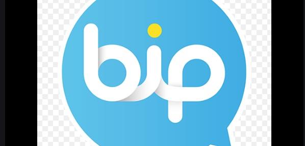 BiP ses kaydında müzik çalıyor ve bildirim sesi geliyor